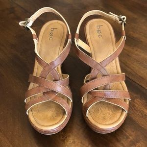 B.o.c Nearly New Wedge Sandal